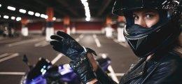 Seguros de moto baratos para jóvenes
